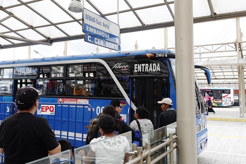 Bus Otavalo Mindo