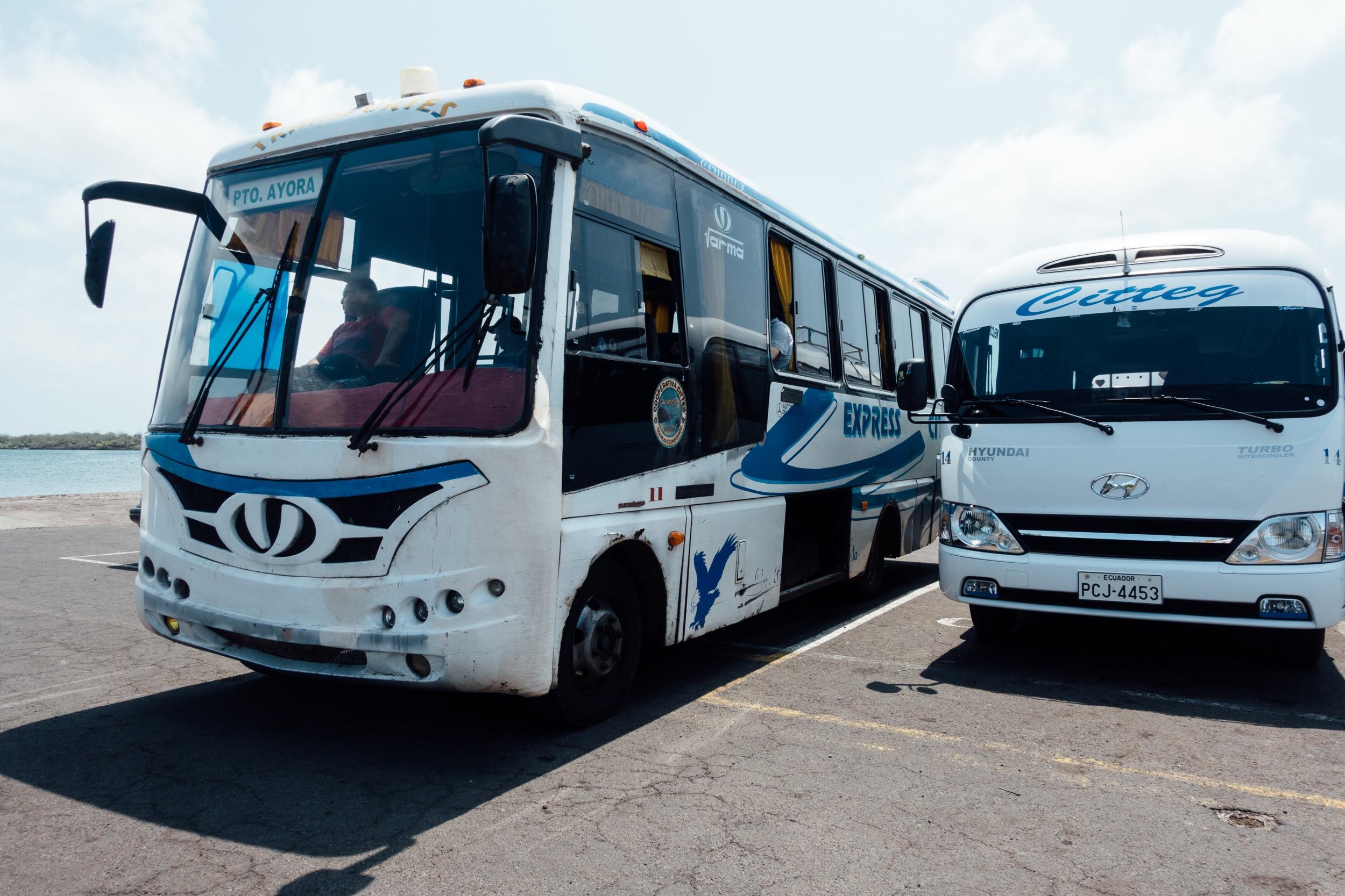 Unser Bus nach Puerto Ayora